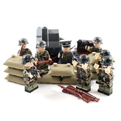 Woodland Camo WW2 Minifigure Army Soldiers - Military Building Block Figures by Shantou Blocks (Military Building Blocks compare prices)