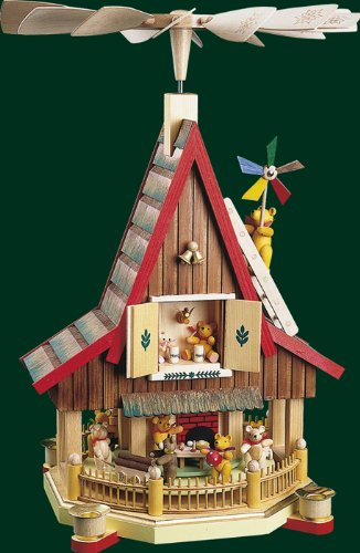 Pyramid with bears seiffen / Ore mountains Christmas New