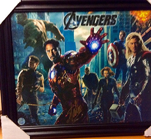 AVENGERS MOVIE signed Stan Lee MARVEL DISNEY FRAMED TEXTURED (Marvel Signed Framed compare prices)
