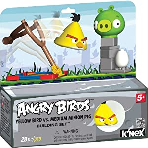 Angry Birds Yellow Bird versus Medium Minion Pig