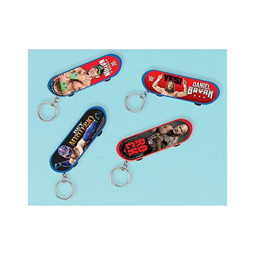 Amscan Grand Slammin' WWE Party Finger Skateboard with Keychain (1 Piece), Multi