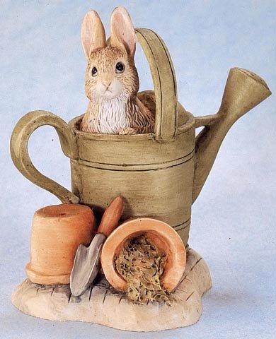 Beatrix Potter Miniature Figurine - Peter Rabbit In Watering Can (271837) front-888195