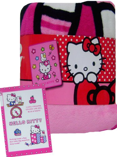 Warm Hello Kitty & Flowers Blanket Bonus Notebook