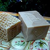 Goats Milk Soap with Golden Blossom Honey and Oatmeal -LARGE Bar