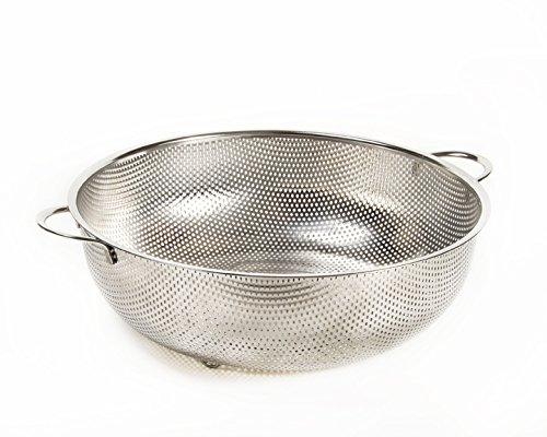 Super 7.5 Quart Superior-Drainage Stainless Steel Colander  Big Enough to Feed the Whole Family and Still Capture Every Grain of Rice (Extra Fine White Rice Flour compare prices)