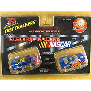 Life Like 9832 #24 Dupont and #5 Kellogg's Fast Trackers HO Slot Car Twin Pack