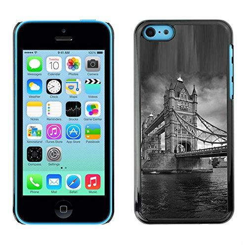 Qcase Slim Pc / Aluminium Sleek Case Cover Armor Shell -- Architecture London Bridge Black & White -- Apple Iphone 5C