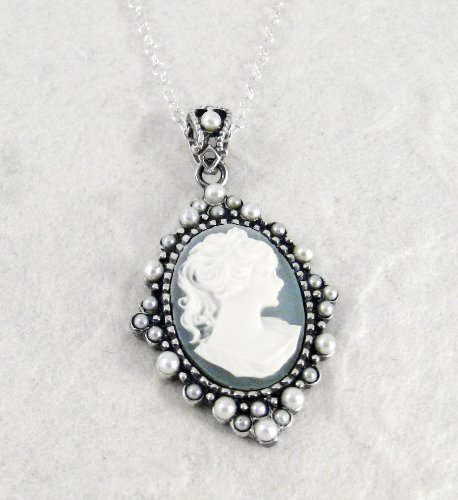 Sterling Silver Elegant Blue Cameo and Pearlized Beads Frame Pendant Necklace, 16-18