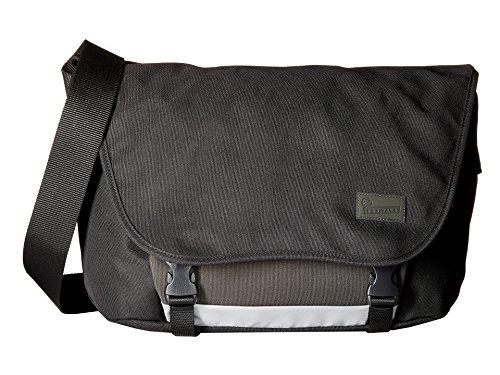 crumpler-the-considerable-embarrassment-laptop-messenger-bag-black-messenger-bags