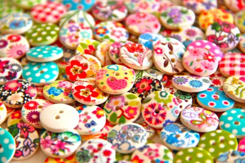 Big Save! Pack of 50g Over 100 PCS - Mixed Colours of Various Shaped Mixed Buttons for Sewing and Cr...