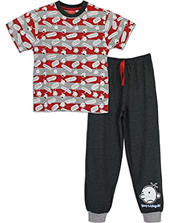 Big Feet PJs is bringing lullaby chic to the masses with our awesome line of pajama onesies. We've got button-up pajamas, front zipper jumpsuits, footies with non-slip soles, hilarious drop-seat options, hoodie onesies, leopard print, and anything else you need to crack up your hard-to-shop-for loved ones.