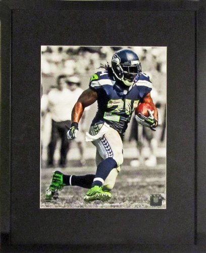 Seattle Seahawks Marshawn Lynch Spotlight 11X14 Photograph (Sga Underfifty Series) Framed
