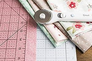 Cricut Self-Healing Cutting Mat Bundle: Durable Grid Marks Cutting Mat 12x12, TrueControl Blade Kit, Blue (Color: Multi)