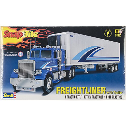 Revell Snap Tite Freightliner with Trailer Plastic Model Kit (Model Truck Kits compare prices)