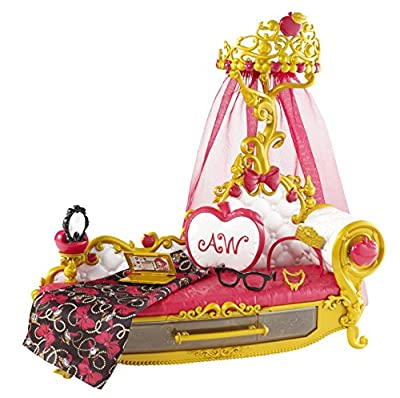 Ever After High Getting Fairest Apple White Fainting Couch Accessory from Ever After High