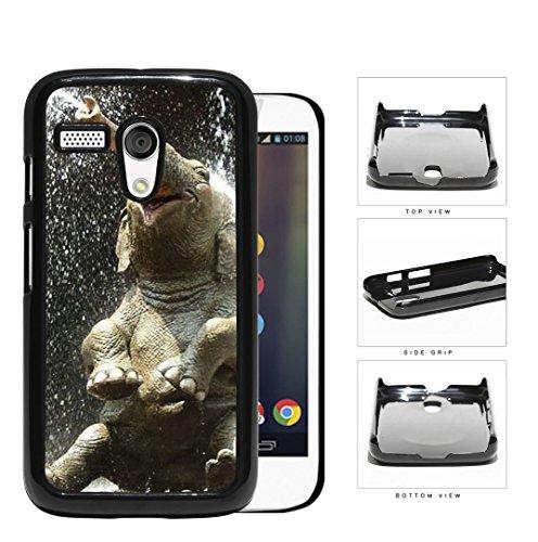 Cute Baby Elephant Water Shower Hard Plastic Snap On Cell Phone Case Motorola Moto G