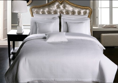 Twin / Twin Extra Long size White Coverlet 2pc set, Luxury Microfiber Checkered Quilt by Royal Hotel (Hotel Bedding Twin compare prices)