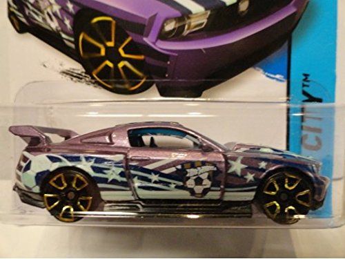 Hot wheels CUSTOM '12 FORD MUSTANG Purple Hot wheels Soccer car hw city 18/250 - 1