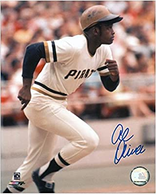 "Al Oliver Pittsburgh Pirates Autographed 8"" x 10"" Running Photograph - Fanatics Authentic Certified - Autographed MLB Photos"