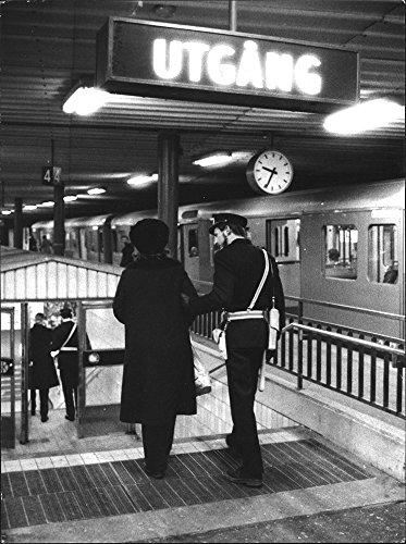 vintage-photo-of-police-in-stockholm-subway