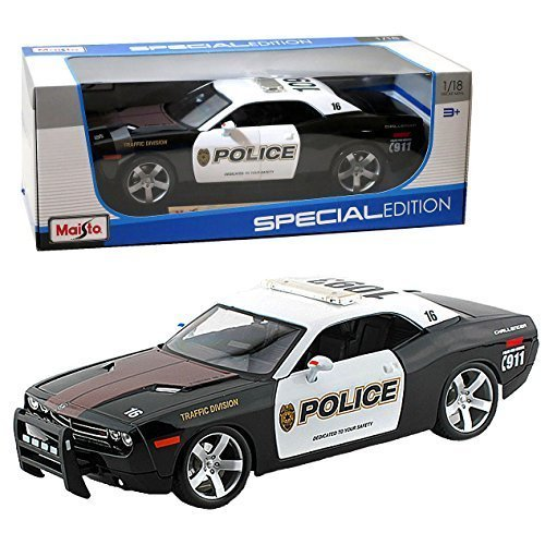 maisto-year-2014-special-edition-series-118-scale-die-cast-car-set-black-and-white-traffic-division-