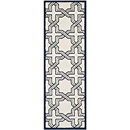 Safavieh Amherst Collection AMT413M Ivory and Navy Indoor/ Outdoor Runner, 2 feet 3 inches by 7 feet (2\'3\