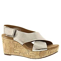 Clarks Women\'s Caslynn Shae Wedge Sandal, Gold, 7.5 M US