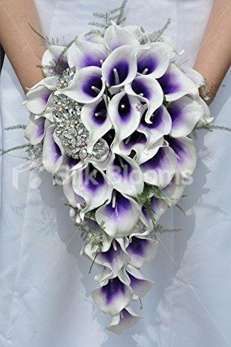 violet-vermeer-lily-broche-en-forme-de-bouquet-de-mariee