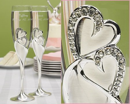 Raebella Weddings Bling Love Double Heart Sparkling Champagne Toasting Wedding Party Flutes Set Of 2 Glasses Free Engraving front-659279