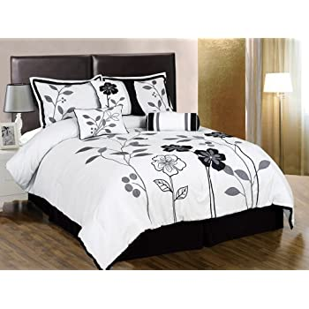 Our floral comforter sets come in many unique styles with tremendous blend of bold and vibrant colors.  Instead of the the plain color comforters, we offer comforters with many creative designs which will transform a room from gloom to bloom.  Our fl...