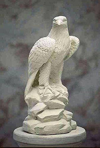 falke-h-63-stone-eagle-gartenfigur-steinfigur-steintier-farbe-sandstein