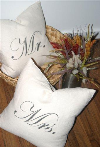 Pillow Decor - Mr and Mrs 18x18 Linen Pillow Set