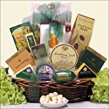 GreatArrivals Gift Baskets Classic Gourmet Cheese: Gift Basket, 2.26 Kg