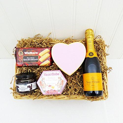 miniatura-veuve-clicquot-champagne-bandeja-de-mimbre-los-dulces-ideas-del-regalo-para-navidad-cumple