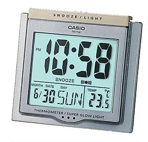 Casio DQ-750-8ER - Reloj despertador (digital, cuarzo, alarma, termómetro y luz potente) de Casio