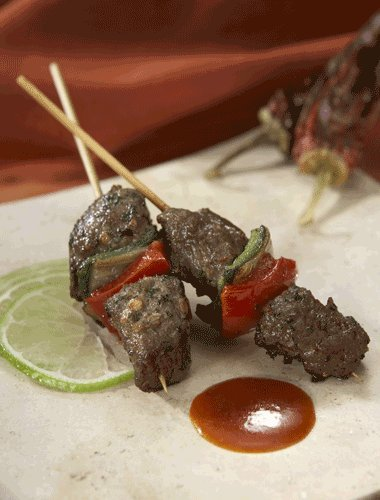 Gluten Free* Chipotle Churrasco Beef Kabob 25 Piece Tray. Your Shipping Price Goes Down As You Buy More Appetizers.