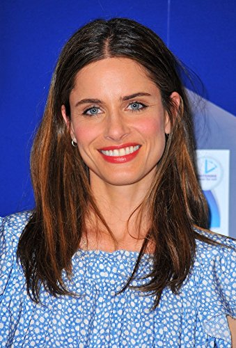 amanda-peet-in-attendance-for-crest-3d-white-2-hour-express-whitestrips-and-advanced-vivid-enamel-re