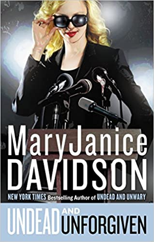 Undead/Queen Betsy - MaryJanice Davidson