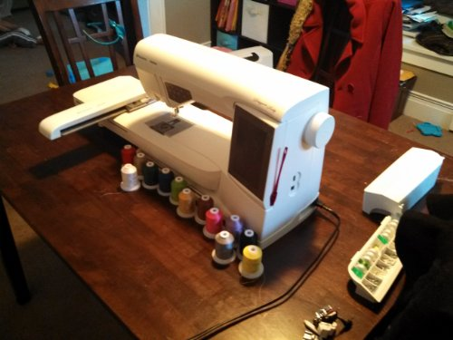 Husqvarna Viking Designer Ruby Deluxe Embroidery Machine