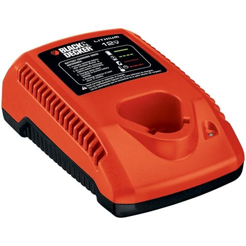 Black-Decker-LCS12FC-12-Volt-Lithium-Ion-Fast-Charger