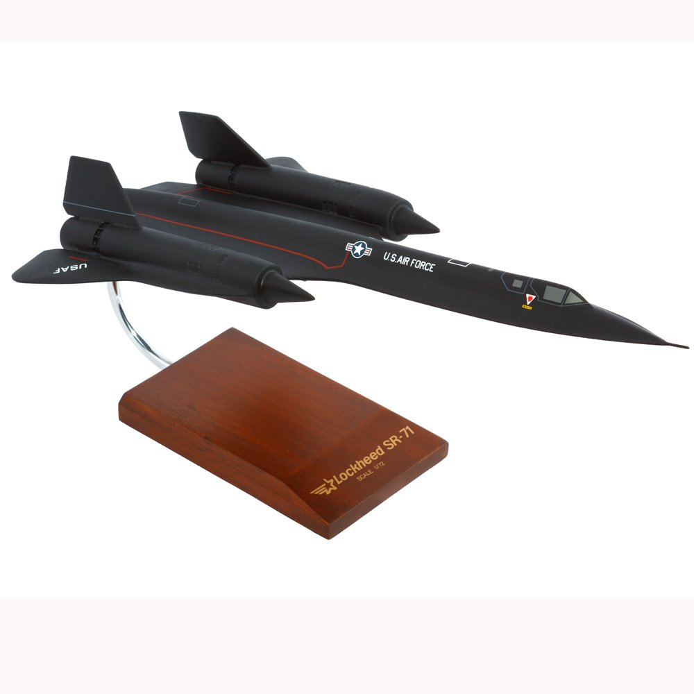 Buy SR-71A Blackbird - 1/72 Scale Model on Amazon.com