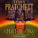 A Hat Full of Sky: Discworld Book 32, (Discworld Childrens Book 3)