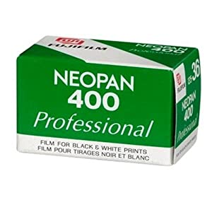 Fujifilm Neopan 400 Professional Black-and-White Negative Film ISO 400, 35mm, 36 Exposures