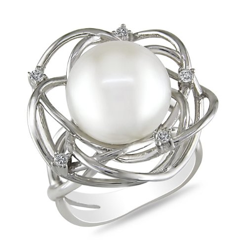 Sterling Silver, Diamond and Pearl Ring, (.08 cttw, GH Color, I3 Clarity)
