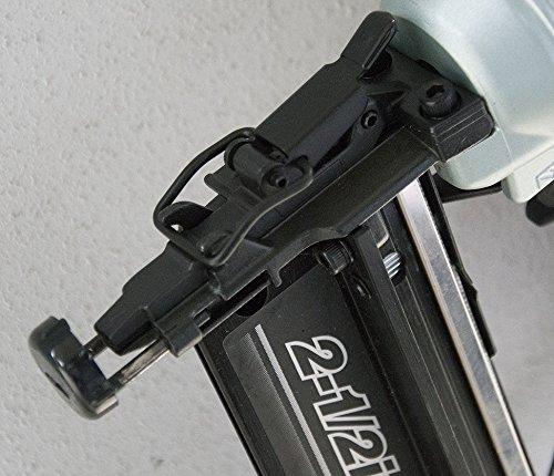 Hitachi NT65M2S 16-Gauge 2-1/2 In. Oil-Free Straight