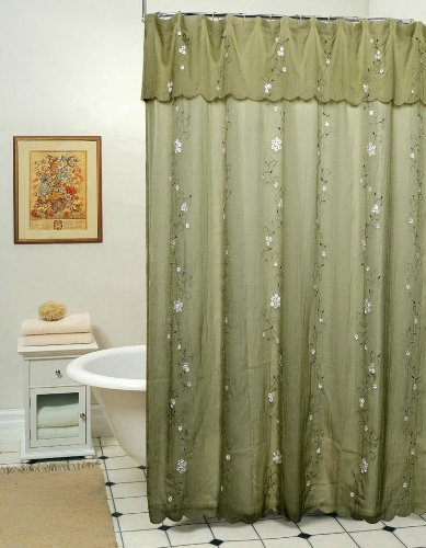 Fabric Shower Curtains That Will Dress Up Your Bathroom