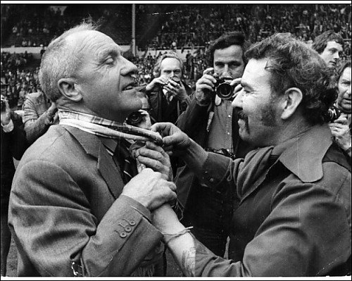 Photographic Print of 10.08.1974. A fan ties a scarf around Shanklys neck from Liverpool FC Pictures