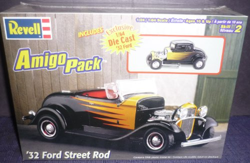 #6685 Revell Amigo Pack '32 Ford Street Rod 1/24 Scale Plastic Model Kit (Street Rod Model Kit compare prices)