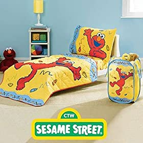 Sesame Street Elmo Comfy Children's Quilt - Bedding