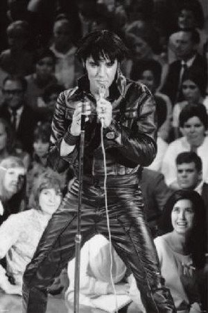 Elvis Presley Leather Jacket Crowd Music Poster Print - 24x36 Poster Print, 24x36